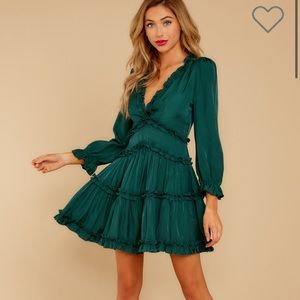 Green short dress from red dress